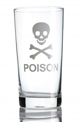 alcohol_is_poison.jpg